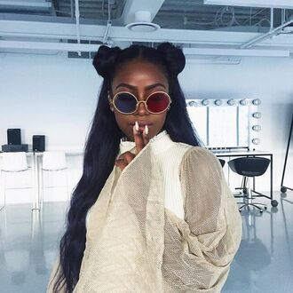 sunglasses dope accessories two color glasses justine skye round sunglasses blue sunglasses red sunglasses glasses hippie glasses round frame glasses sunnies boho boho chic festival music festival bohemian circle rim circle two tone 3d accessory style trendy