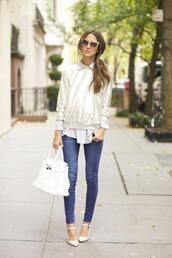 something navy,blogger,jeans,sunglasses,striped shirt
