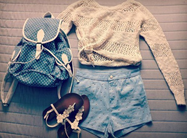 shirt cute beautiful outfit like summer girl clothes fashion shoes sweater bag shorts t-shirt backpack sandals tan sweater bag polka dot shorts polka dots knit knitted sweater flower sandals hipster girly top beige beige sweater white sweater summer outfits