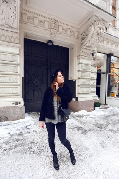the next episode blogger hat grey sweater skinny jeans black jacket jacket sweater bag jeans