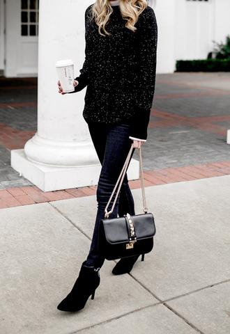 krystal schlegel blogger sunglasses shoes bag