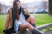 ist by ingrid,blogger,coat,sweater,top,shorts,shoes,bag