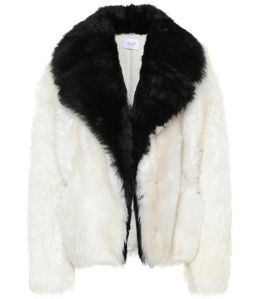 Common Leisure Shearling jacket in white
