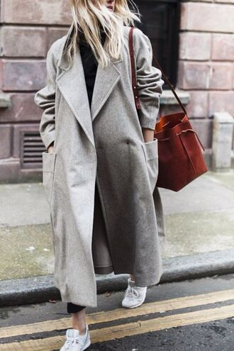 coat blogger grey coat zara h and m streetstyle winter coat long coat fashionista bag wool coat