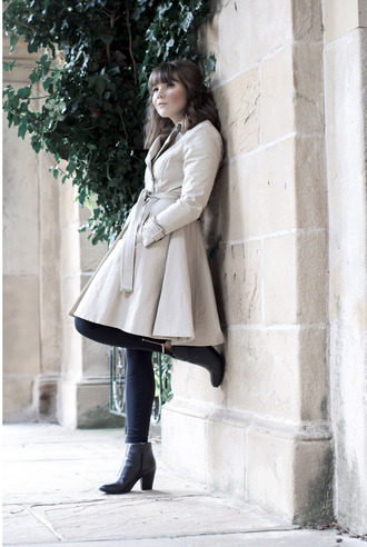 coat tumblr grey coat ted baker trench coat black leggings leggings boots ankle boots