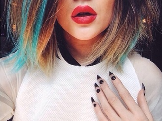 nail polish pointy nails kylie jenner lipstick nail art make-up blue hair dip dyed highlights dots black and white spikey