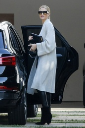 shoes,rosie huntington-whiteley,celebrity,fall outfits,fall sweater,cardigan