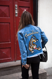 jacket,tumblr,blue jacket,denim jacket,embroidered,patched denim,patchwork,denim,jeans,black jeans,bag,black bag,patent bag,bucket bag