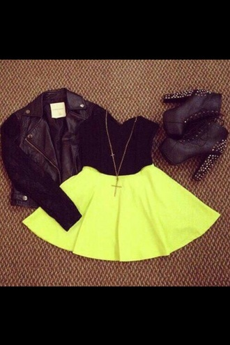 shirt yellow skirt black crop top black boots