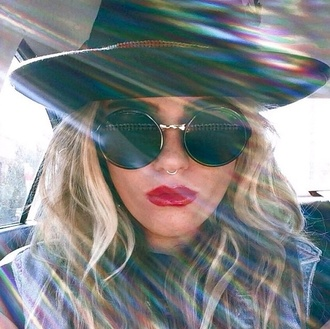 hat satan sunglasses nose ring lipstick