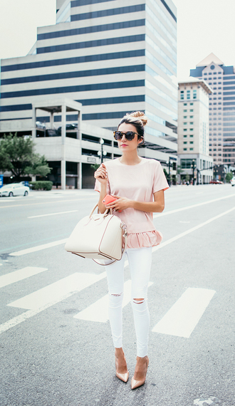 hello fashion blogger white ripped jeans pink top handbag pointed toe baby pink classy