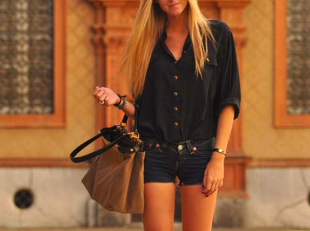 blouse gold black button up black blouse t-shirt shirt bag shorts blonde hair style clothes girly grunge pants dark blue chemise blue shirt loose boho bohemian bohemian needtohave cute chris brown beautiful bags top navy wonderful beautiful black shirt brown leather leather bag