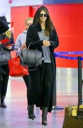 coat,black,kendall jenner,airport,temple coat