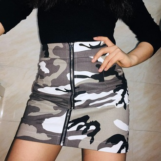 skirt girly girl girly wishlist tumblr mini mini skirt zip zipped skirt camouflage camouflage skirt grey white black