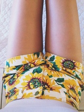 shorts,sunflower shorts,summer,clothes,tumblr clothes,shorts high waisted ying yang tie dye,daisy,yellow,high waisted,denim,short,cute,sunflower,white,High waisted shorts,flowered shorts,flowers,style,floral,fashion,girly,teenagers,boogzel