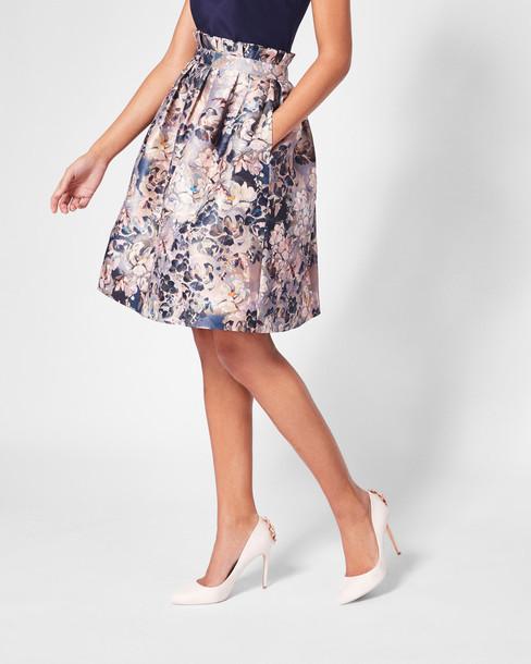 skirt jacquard light