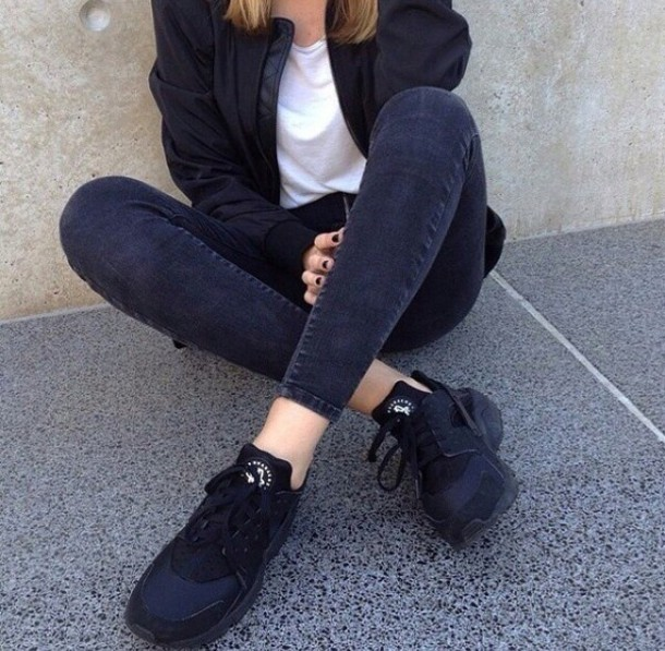 jeans black jeans ankle length shoes black shoes pants maybe holes in the knees leggings jacket nile nike black huarache nike air hair accessory earphones bomber jacket nike shoes black jacket leather jacket oversized jacket tumblr sneakers adidas grunge