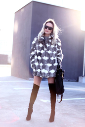 rock and roses,shoes,bag,sweater,sunglasses