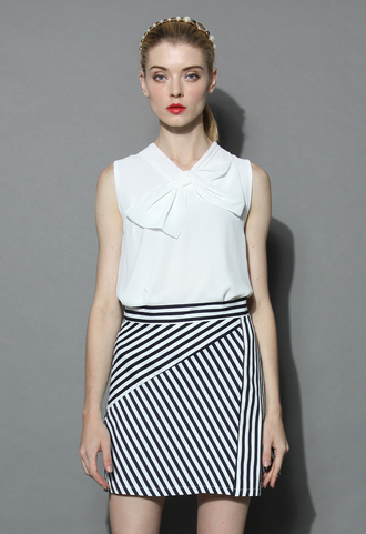 top cheers bow sleeveless top in white chicwish sleeves top white top summer top bow top chicwish.com white bow top