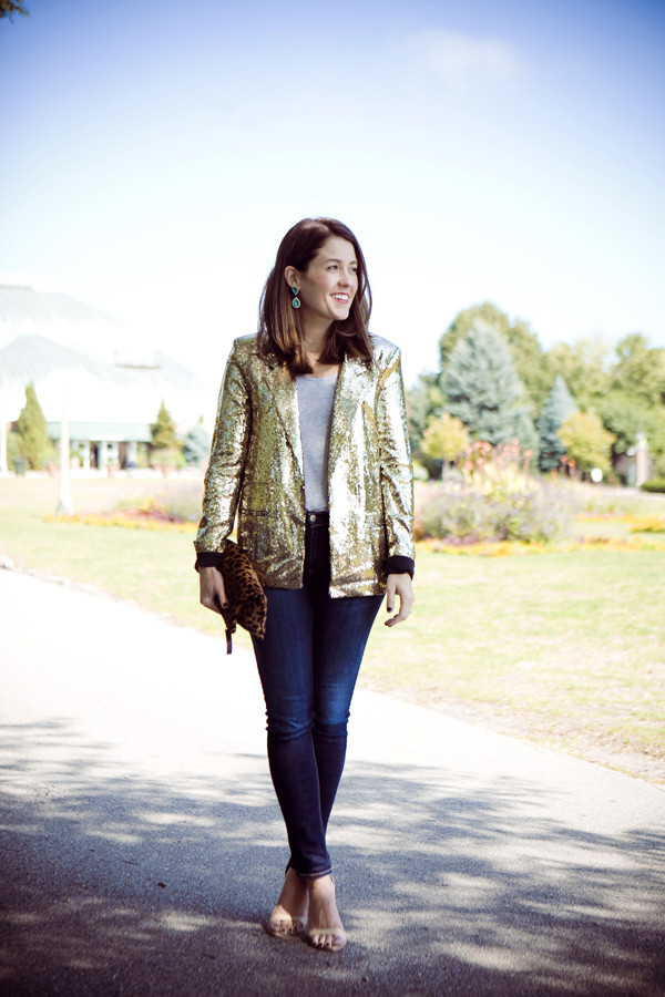 sequins and stripes jacket t-shirt shoes jewels bag