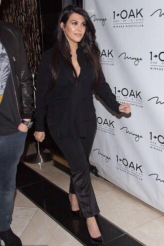 shoes pumps kourtney kardashian all black everything pants blouse