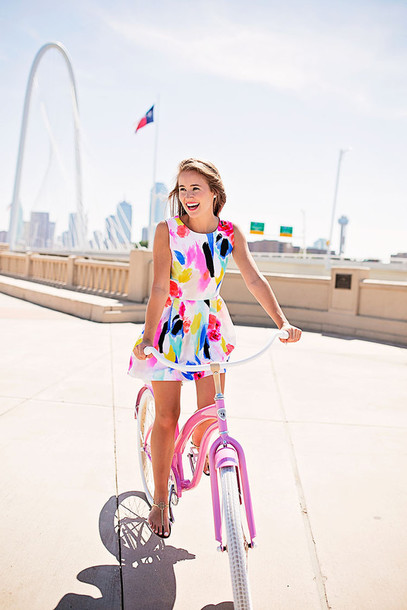 a lonestar state of southern blogger colorful printed dress weekend escape summer dress mini dress multicolor short dress sleeveless sleeveless dress summer outfits sandals flat sandals gold sandals