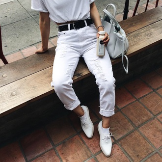 shoes brogue shoes jeans all white everything denim pants white ripped ripped jeans light mom jeans high waisted high waisted jeans