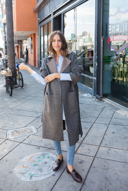 louise roe blogger jacket shirt shoes jewels winter outfits grey coat loafers fall outfits