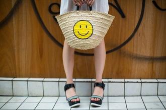 samantha mariko blogger t-shirt dress bag sunglasses jewels shoes