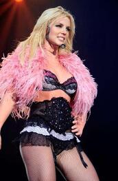 jacket,fluffy,vest,pink,britney spears,hairy,fierce
