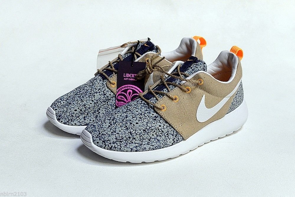 -New DS Nike Roshe Run Liberty QS 654165-400 sz 6 Mango Rosherun Quickstrike