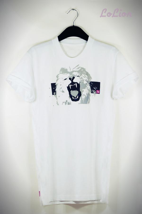 t-shirt white white t-shirt pink crewneck lion sexy tumblr girl 14