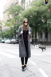 lady addict,blogger,jeans,sunglasses,grey coat,nike sneakers