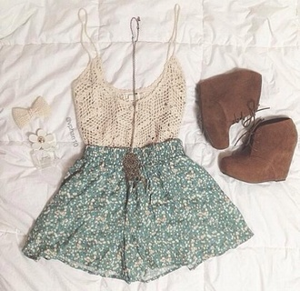 shoes brown suede tassel booties shorts skirt green top shirt