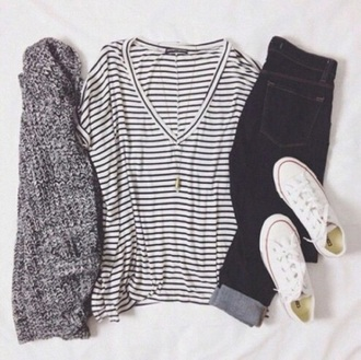 shirt striped top v neck black and white sweater