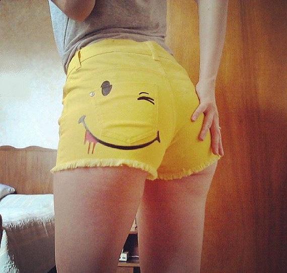 Yellow smiley short
