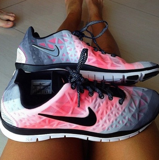 7db0a5dcad4e shoes nike pink runner nike free run laces legs toes white spots sports shoes  red black