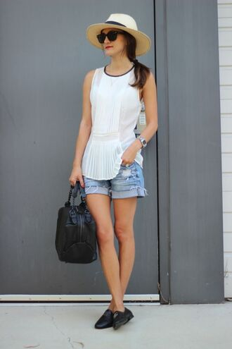 sunglasses shoes hat bag t-shirt shorts frankie hearts fashion