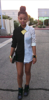 shirt,black,white,gold,white collar,blouse,jeans,jacket,jewels,shoes,button up blouse,button down,black and white,whute,sexy,blacknwhiteshirt,vintage,half and half,necklace,collared shirt,button up shirt,button down shirt,top,half black and half white shirt,black and white blouse,cute top,half black half white,half black and white