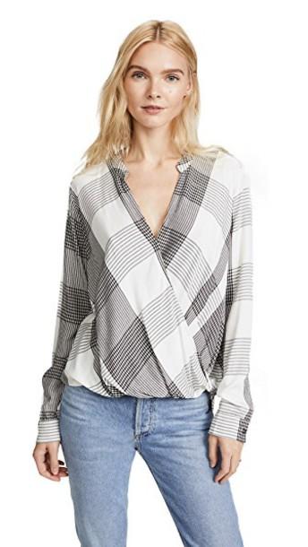 Splendid blouse plaid white black top