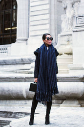 scarf,tumblr,oversized,oversized scarf,boots,black boots,sunglasses,bag,black bag,handbag,blue scarf,stripes