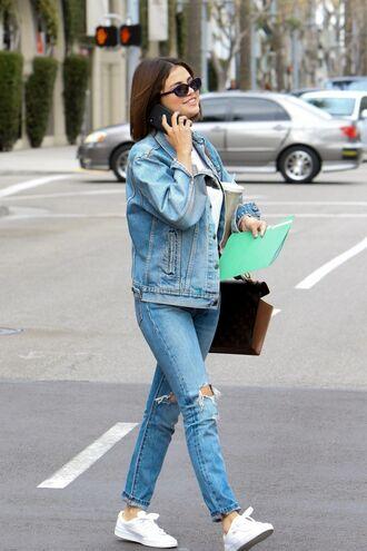 jeans denim jacket denim streetstyle spring outfits sneakers selena gomez