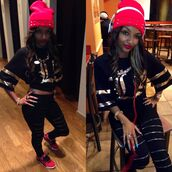 pants,headphones,blouse,swag,beanie,hat,leggings,gold,air jordan,black,red,nails,shirt,shoes