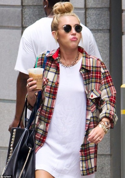 shirt red cream checkered skirt miley cyrus shirt miley cyrus boyfriend tshirt old miley indie hipster flannel shirt
