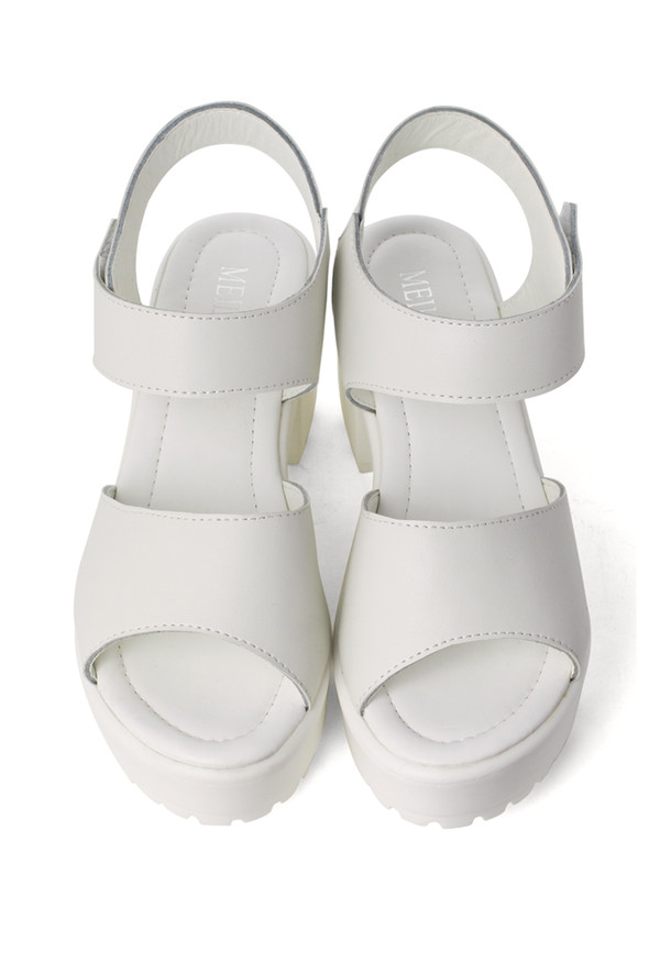shoes block-heel leather sandals white