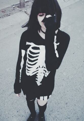 sweater black pull squelette rock skeleton grunge