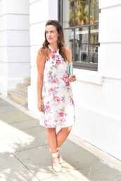 live more beautifully,blogger,dress,make-up,shoes,bag,jewels,floral dress,white dress,mini dress,halter dress,wedges,clutch,pouch,tassel,blue bag,halter neck,midi dress,summer dress,summer outfits,espadrilles,white sandals,sandals,flat sandals