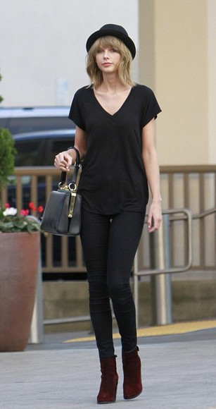 hat taylor swift boots streetstyle top t-shirt