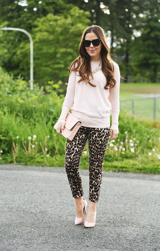 dress corilynn blogger printed pants leopard print pouch pink sweater necklace classy