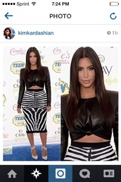 top,kim kardashian,skirt,shoes